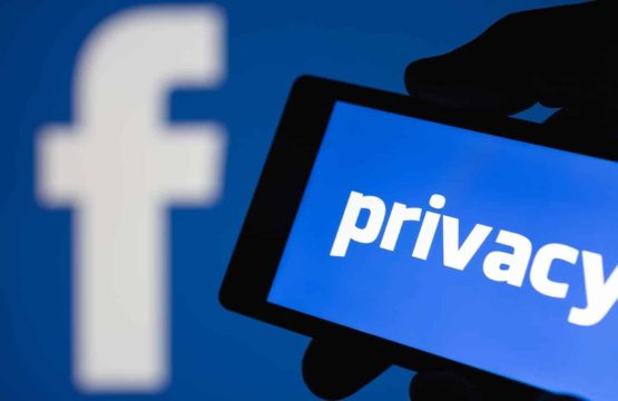Android Phone Facebook Apps Scrape Calls And Text Messages