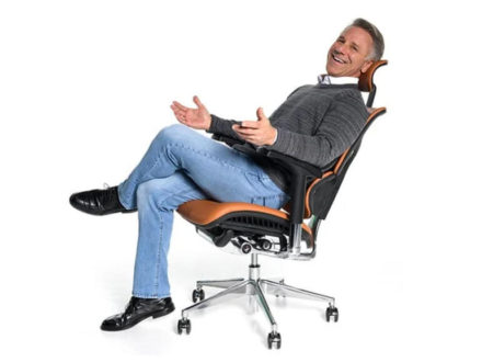 This $1,400 heated office chair will massage you while you work