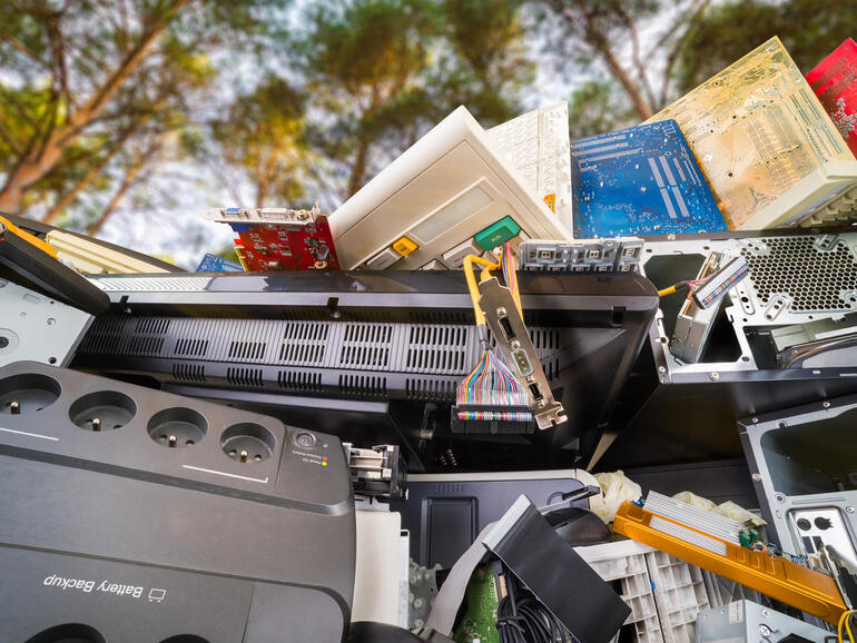 Top 5 things to do with old gadgets