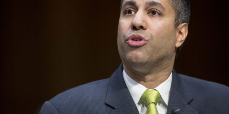 """FCC chair wants to replace net neutrality with """"voluntary"""" commitments"""