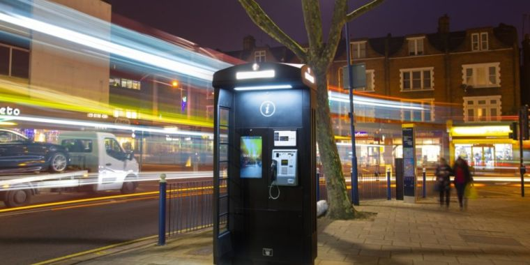 London's new high-tech phone boxes don't work very well