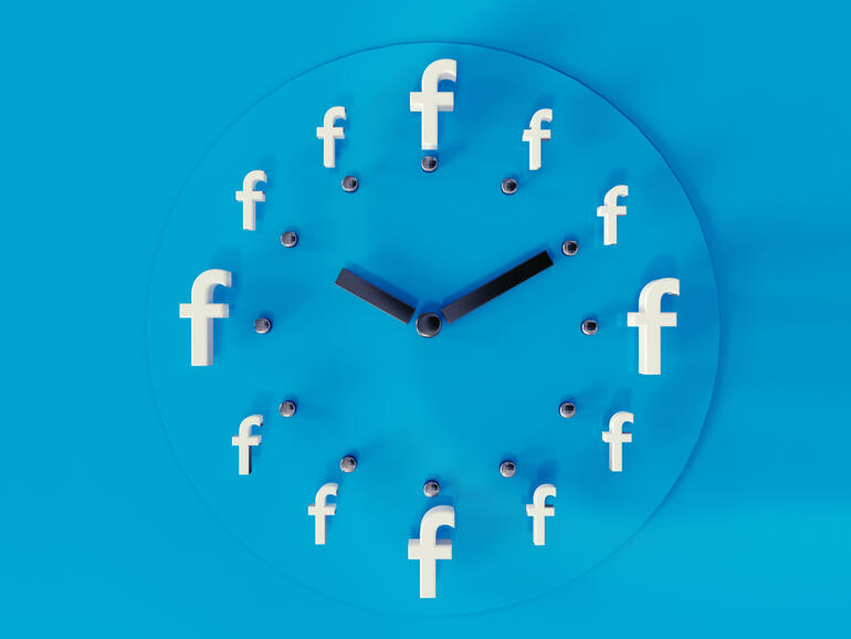 Does anyone really know what time it is? Facebook does